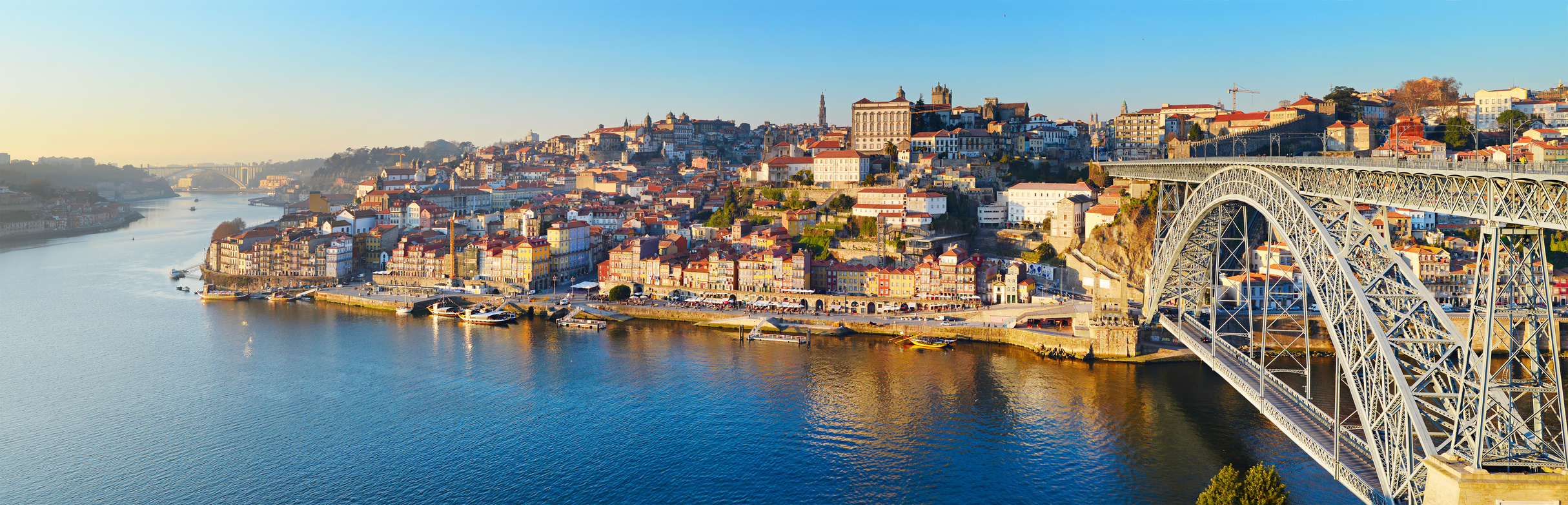 Porto_traveling_holidays_Portugal_realestate_invest_property
