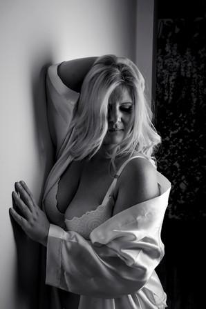 black and white boudoir.JPG