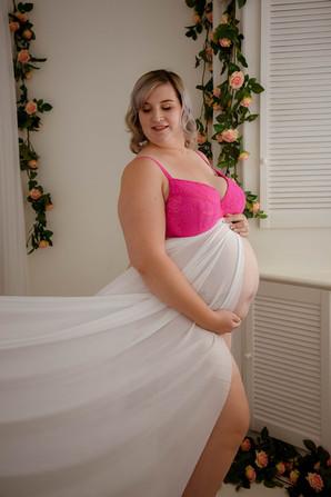 maternity boudoir.jpg