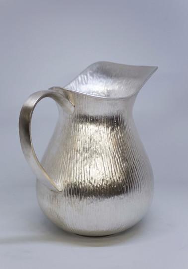 jarra de agua martillada60.jpg