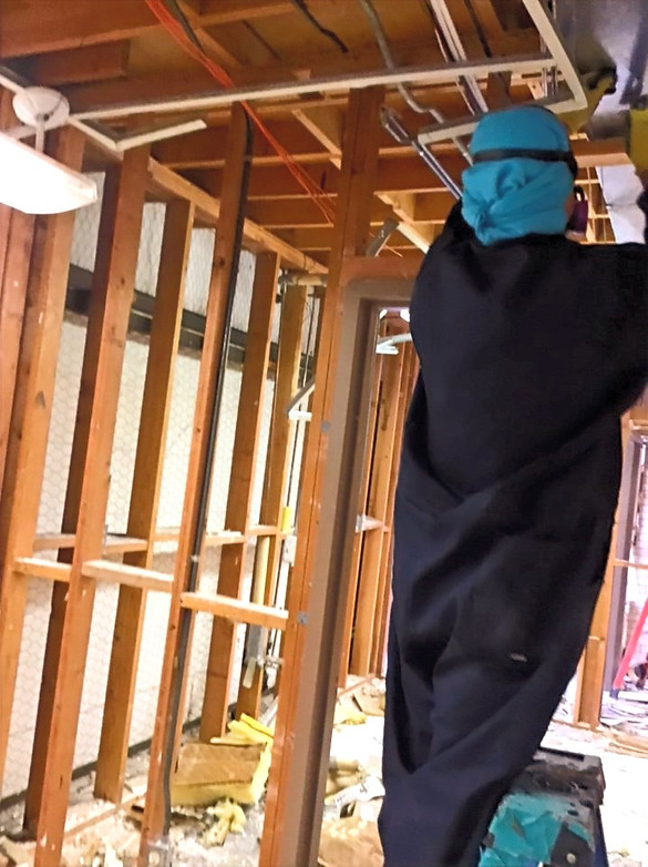 Removing Asbestos Containing Sheetrock