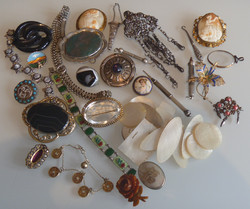 Jewellery Wanted Costume Victorian G