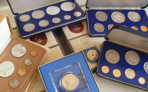 Buyer of Silver & gold coins medals & medallions franklin mint. Pobjoy mint
