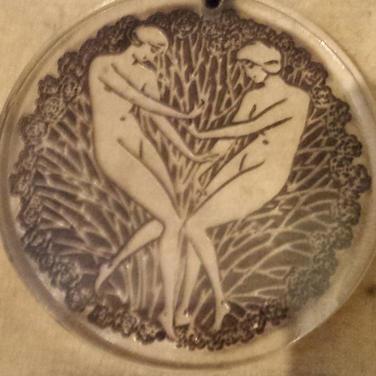 Lalique glass pendant