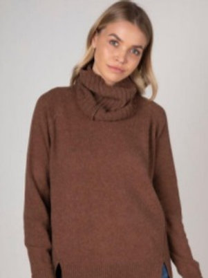 Z & P Avia Relaxed Knit and Snood