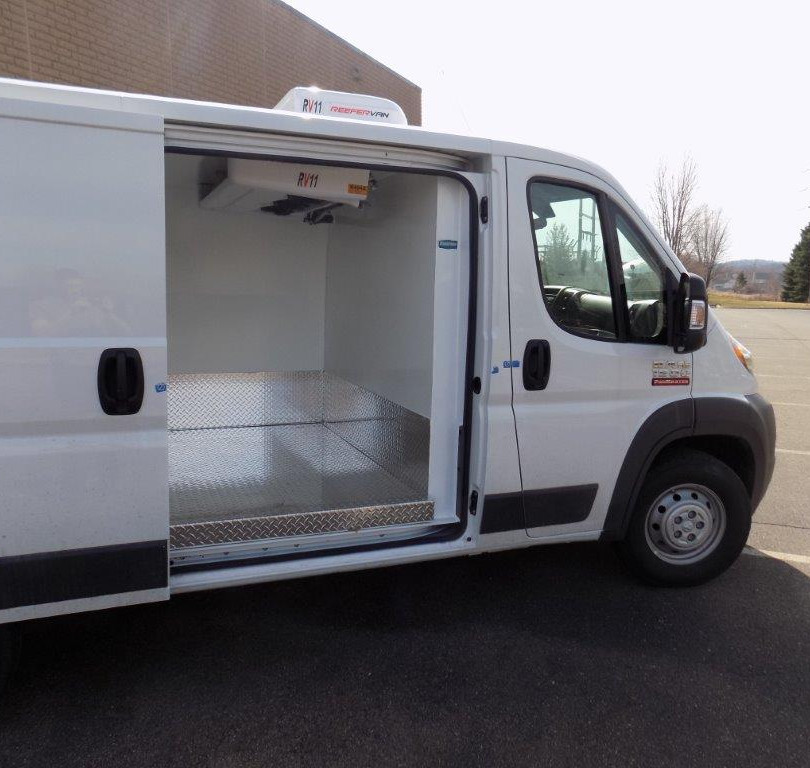 Promaster Low Roof Reefervan