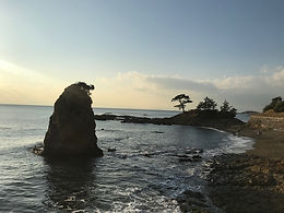 Tateishi Park is one of the best scenic spots in Kanagawa Prefecture.