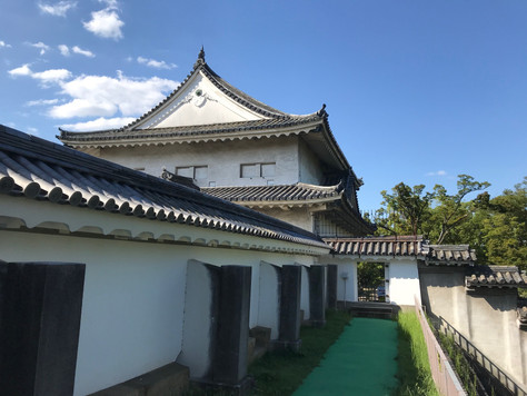 Sengan-Yagura is one of the most important sumi-yaguras of Osaka Castle.