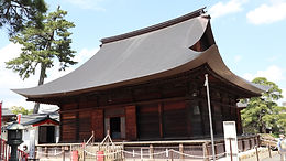 'Kongosan' in Hino City, commonly known as 'Takahata Fudoson', is the oldest temple in Tokyo.