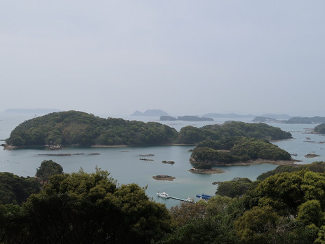"""""""Kujukushima"""" in Nagasaki Prefecture is a group of small islands dotted along by a rias coast."""