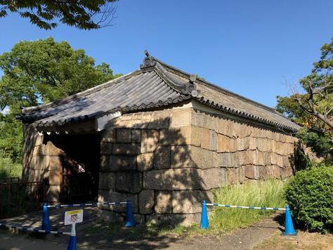 'Enshogura', the explosive warehouse of Osaka Castle, was built in 1685.