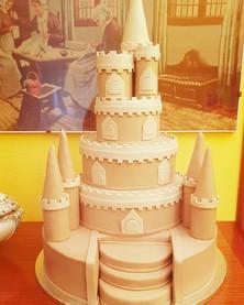 Wedding cake castello di sabbia