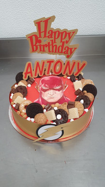 Torta di compleanno a tema supereroi