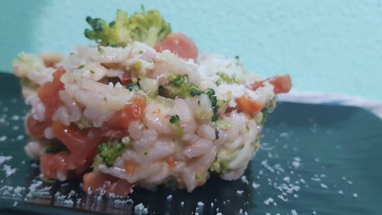 Risotto con broccolo e pomodoro