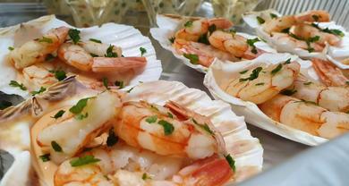Gamberi in salsa rosa su ostrica