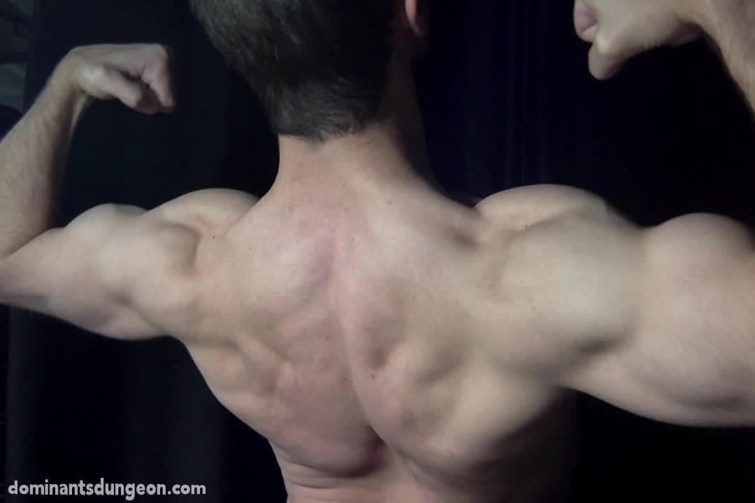 Man-Muscle-2-00008.jpg