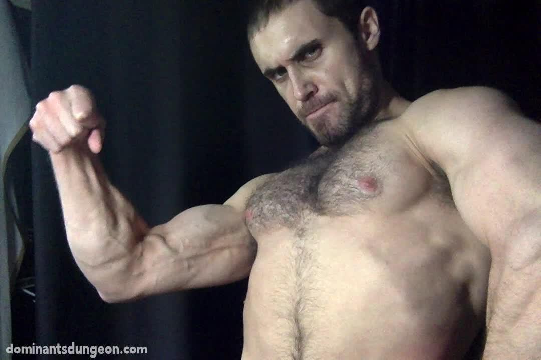 Man-Muscle-2-00019.jpg