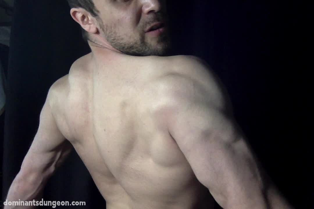 Man-Muscle-2-00007.jpg
