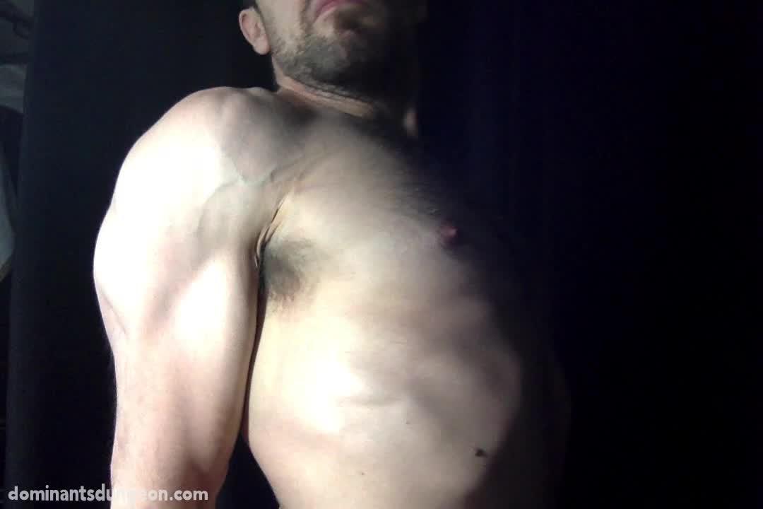 Man-Muscle-2-00009.jpg