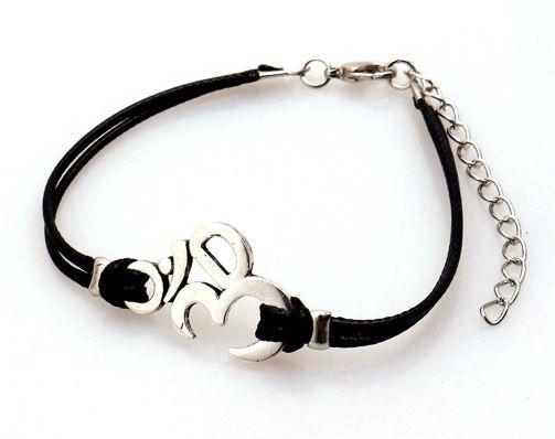 Bracelet Om.JPG
