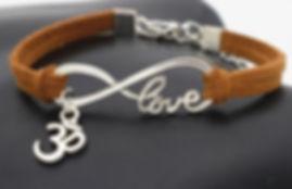 Bracelet Om caramel.JPG