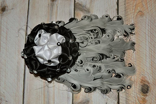 Black and White Cluster Flower Feather