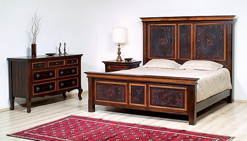 Francisco Federico Leather Bed