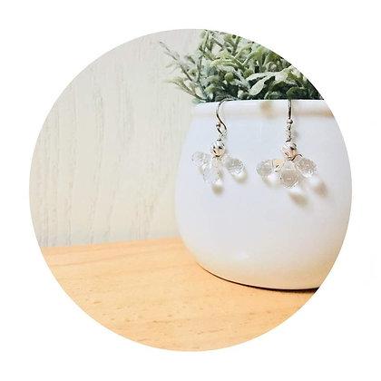 E043 白 水 晶 天 使 耳 環 (華姐)