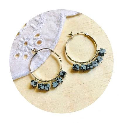 E019  方 形 白 紋 石 耳 環 (華姐)