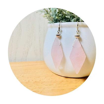 E028 菱 形 粉 紅 水 晶 耳 環 (華姐)