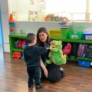 Hemos acudido a varias escuelas a dar talleres sobre el cuidado dental.