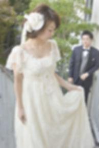 スプリングタイプのウェディングドレス