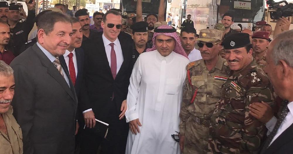 السبهان وماكورك في افتتاح منفذ عرعر