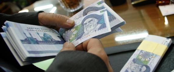 الريال الايراني في انهيار مستمر حتى بعد إقرار الاتفاق النووي