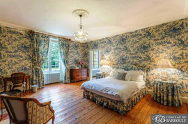 BARDOULY-Bleue-Room-1.jpg