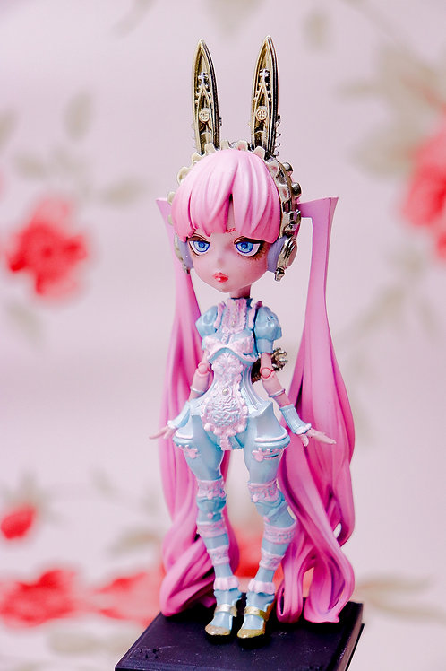 Alice in Luxury / Alice (未塗装未組み立てガレージキット)