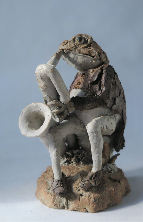 Toad playing Saxophone