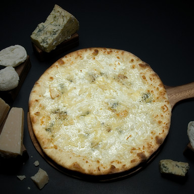 4 Cheeses Pizza