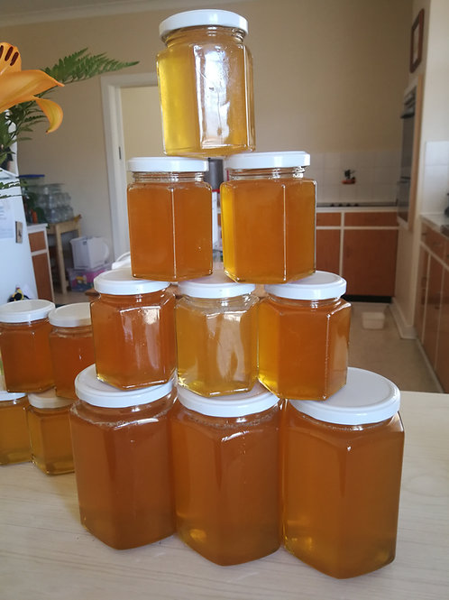 270gm of RAW Honey in a jar