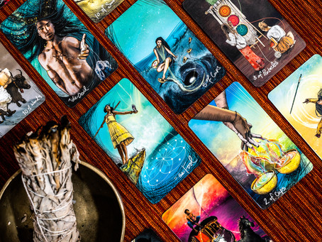 How is Tarot connected with the Zodiac signs?