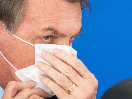 Bolsonaro faz exame após apresentar sintomas de covid-19