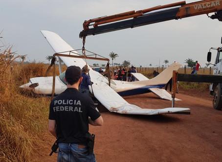 Avião de pequeno porte faz pouso forçado em Rondônia, PF confirma que a aeronave transportava drogas