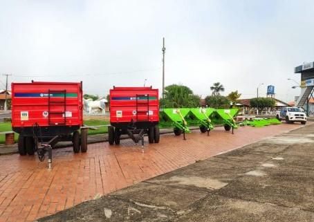 Com produção diária de 200 mil litros de leite municípios recebem equipamentos