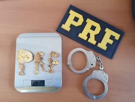PRF apreende mais de R$ 100 mil em ouro ilegal em Porto Velho