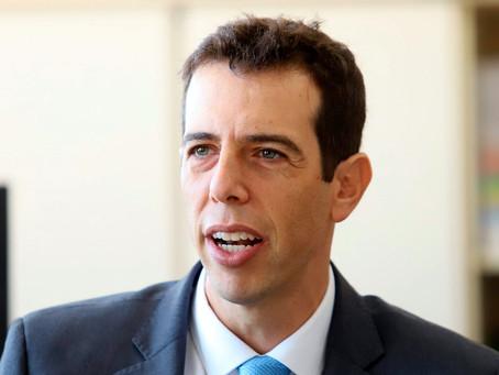 Novo Ministro da Educação escolhido por Bolsonaro deixou alunos de 165 cidades sem aulas no PR