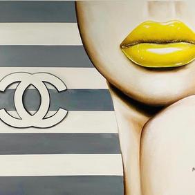 Chanel Honey
