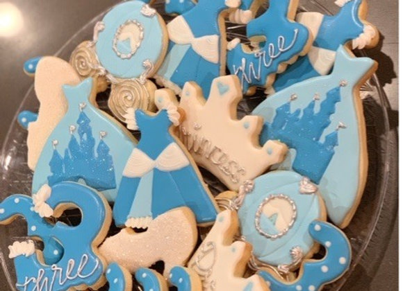 """Cinderella Princess"" Decorated Cookies"