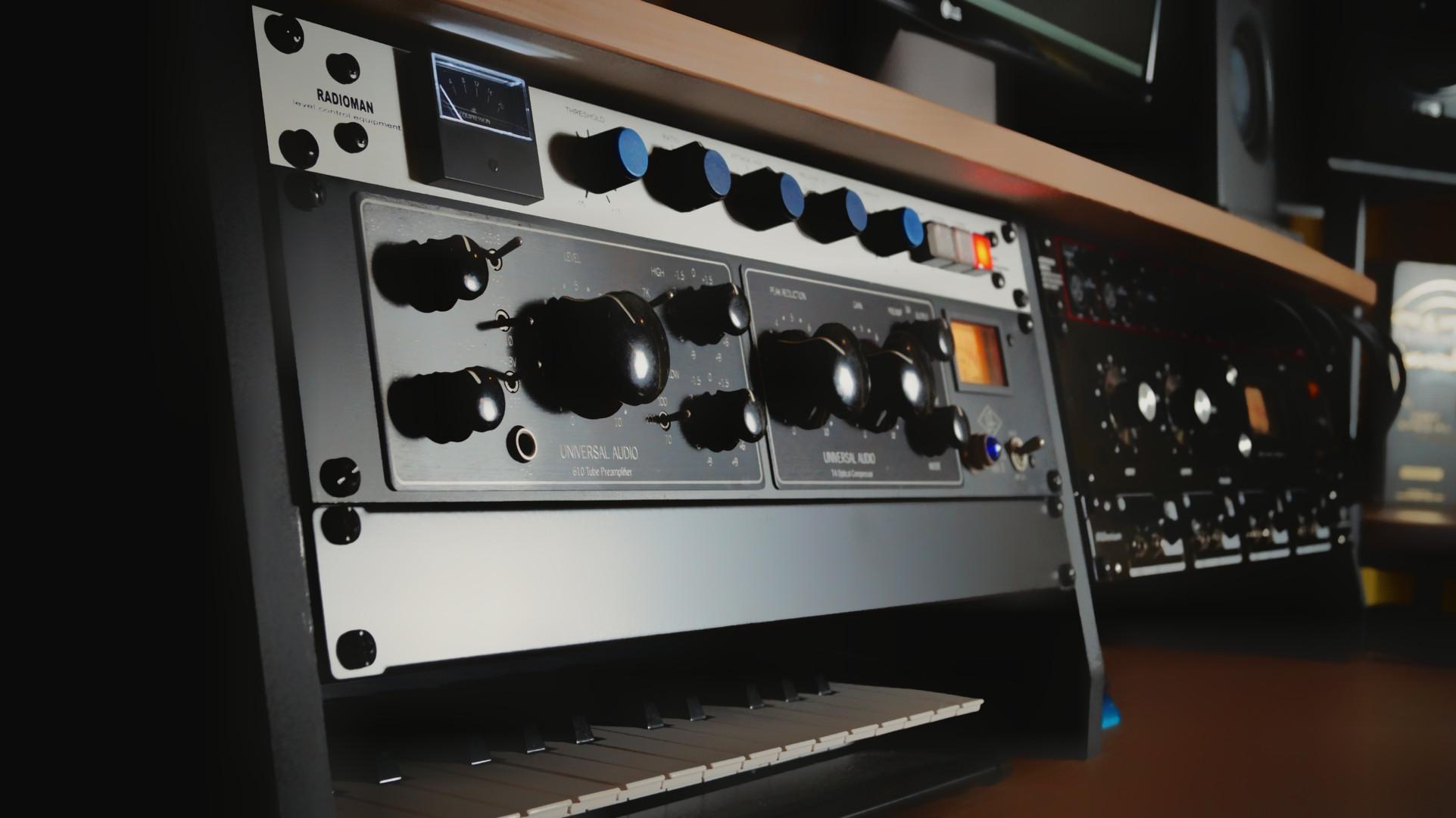 Radioman Stereo Bus Compressor