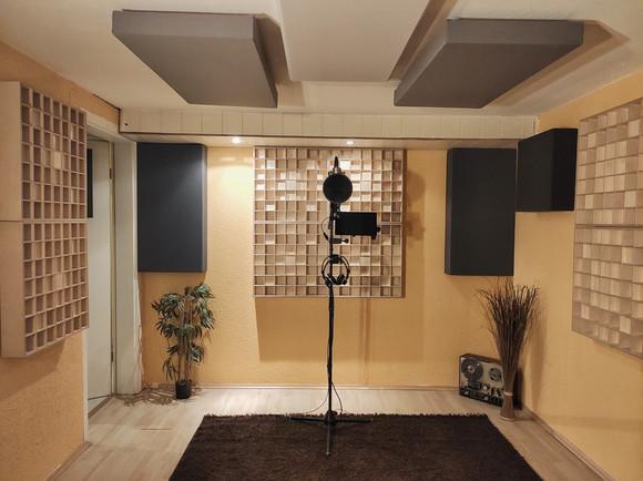Aufnahmeraum / Booth