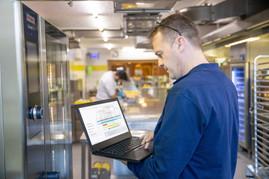 From Zero to 8,000 Service Engineers: Rational's Virtual Training Wins Prestigious Award